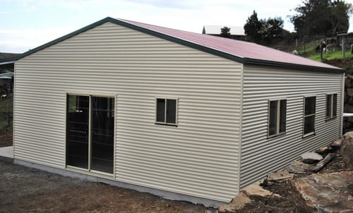 Cream liveable gable with owning 2xgsd red roof
