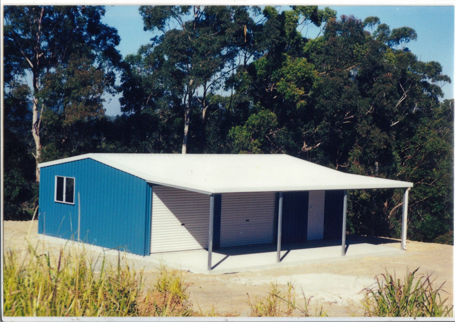 Gable blue and white 2xrd with owning