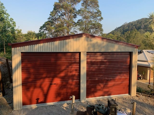 Gable red and cream 2xrd shed
