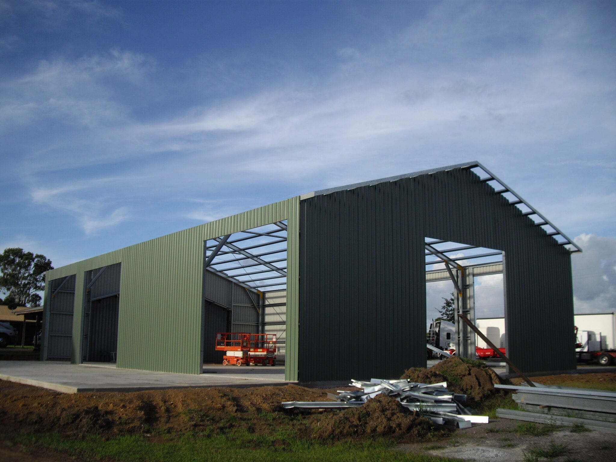 Industrial gable steel frame with sheets (3)