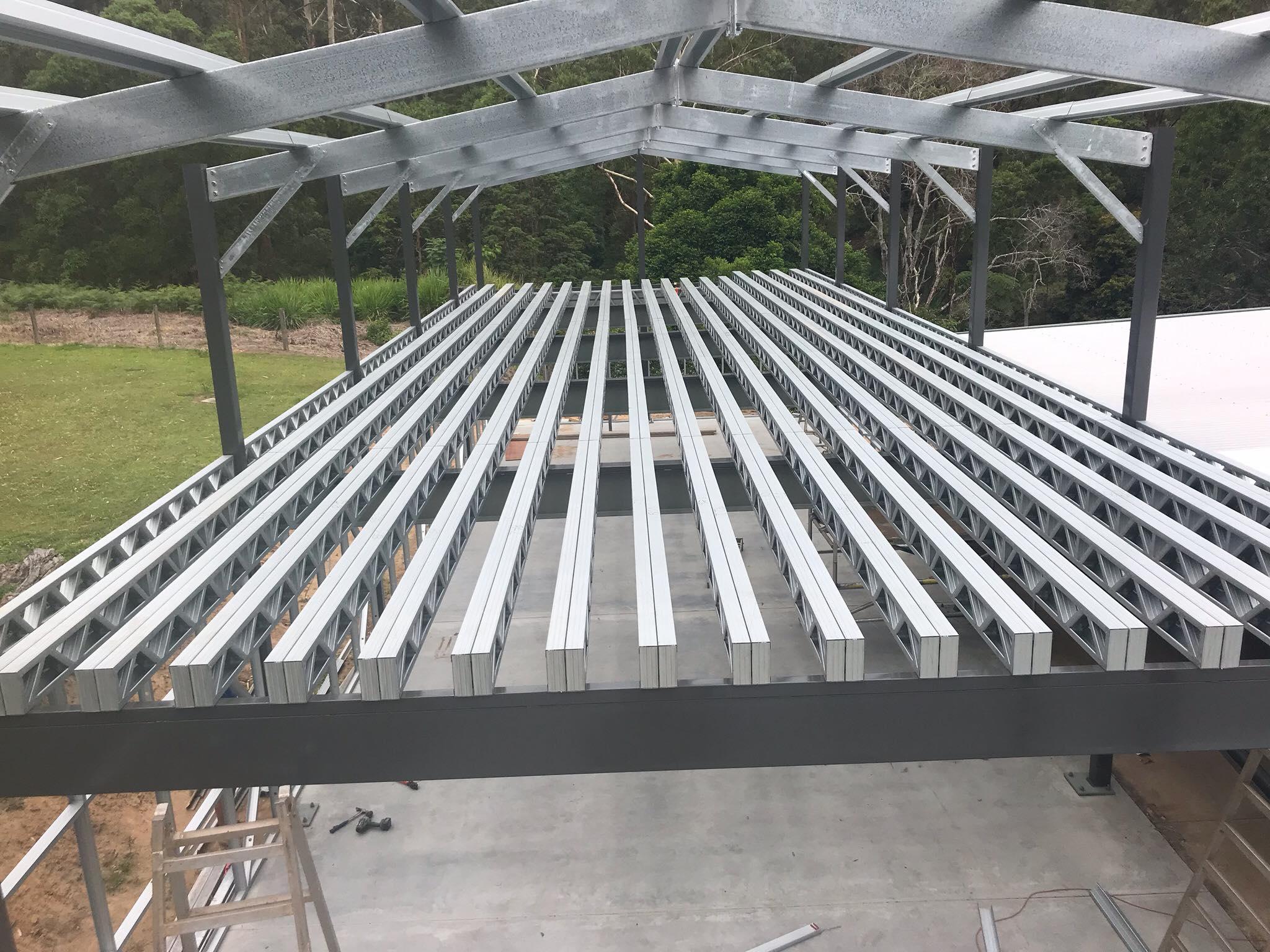Gable roof frame