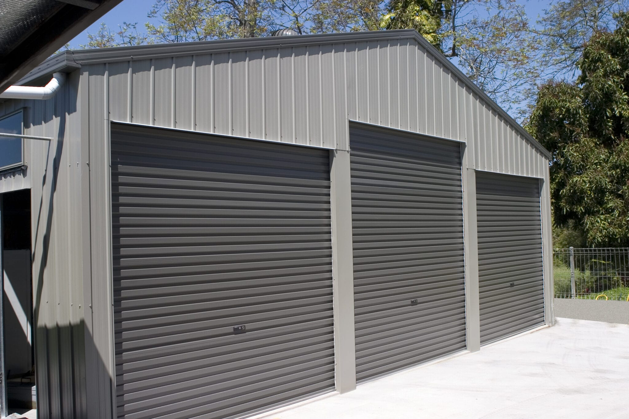 Grey 3xrd gable shed on hill