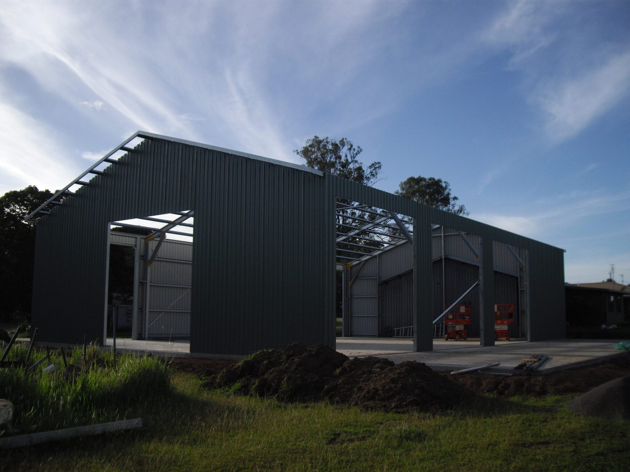 Industrial gable steel frame with sheets