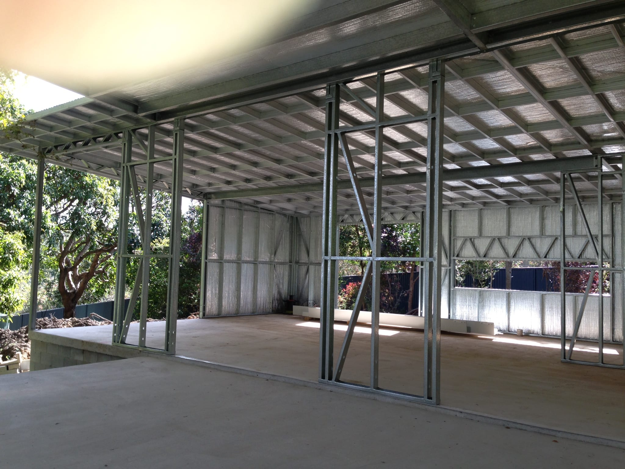 Skillion frame with wall sheets & owning inside (2)