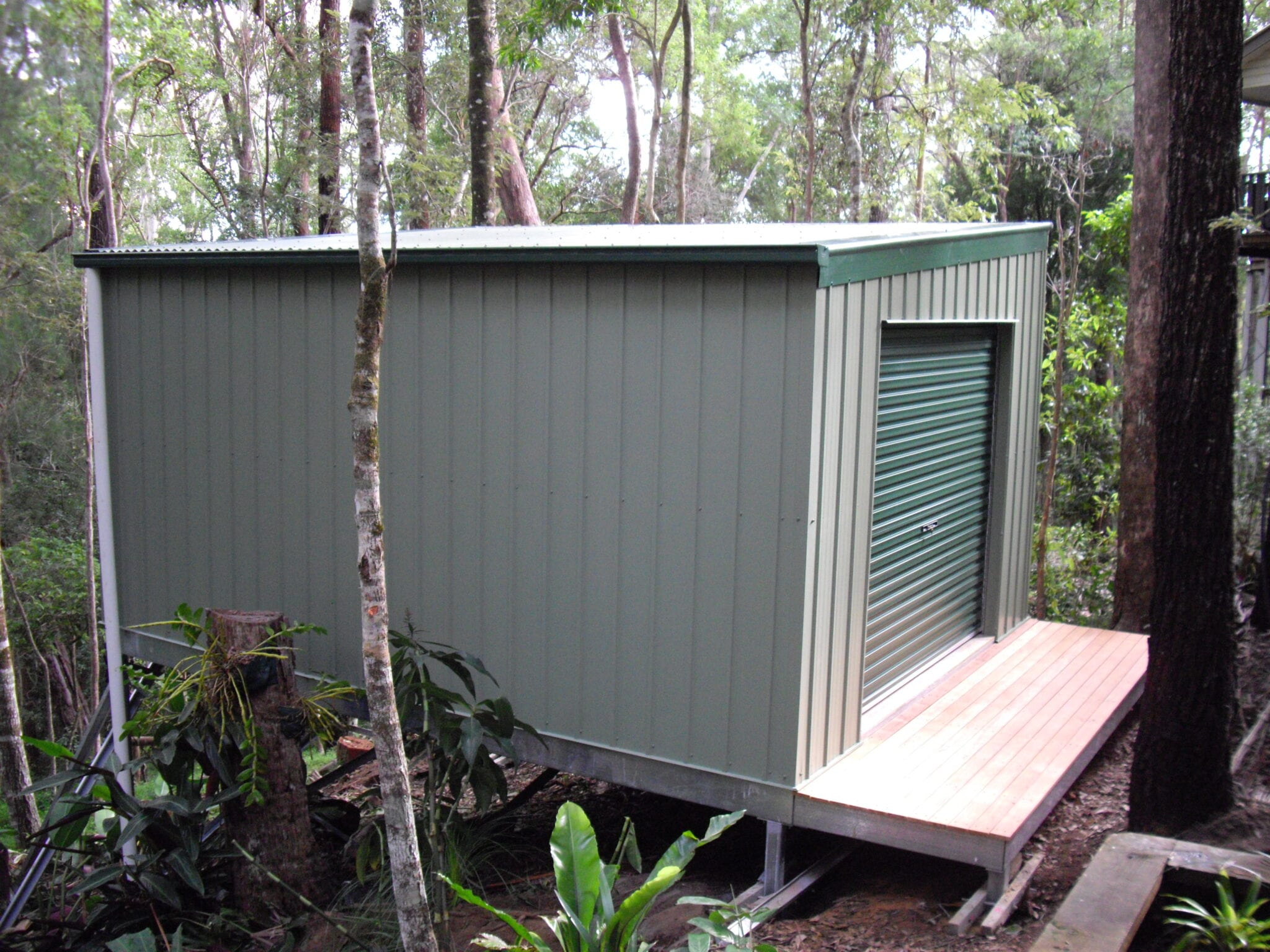 Skillion green tool shed 1xrd with balcony