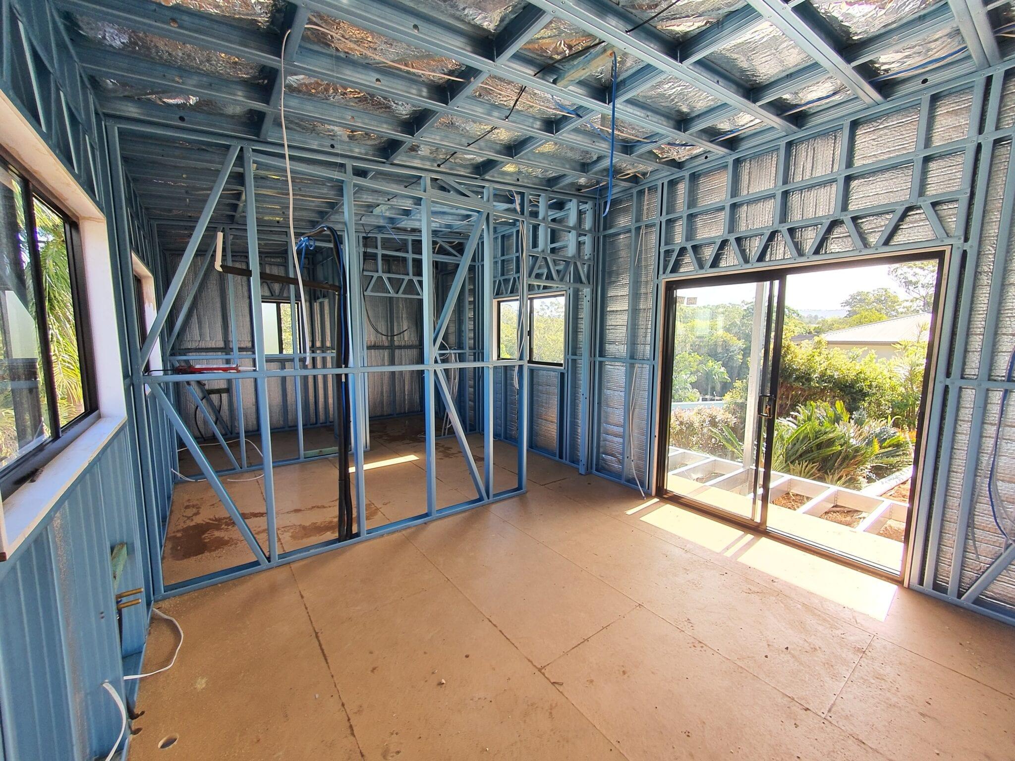 Skillion stilt livable steel frame inside